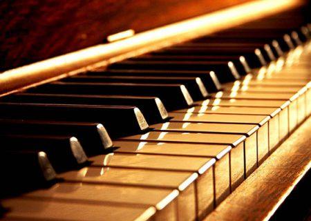 """""""مدرسه پیانو"""" منتشر شد"""